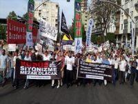 """Adanalılar """"Özgür Kudüs"""" için yürüdü"""