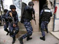 """Filistin'deki Hizbu't-Tahrir üyelerine """"bayram"""" baskını: 40 gözaltı"""