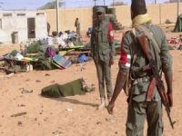 Mali'de köye saldırı: 100 ölü