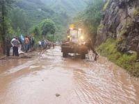 Trabzon'da sel: 6 ölü 4 kayıp