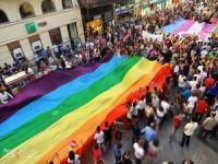 Sapkın LGBT yürüyüşüne katılanların bursları kesildi