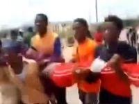 Nijerya polisi İslami hareket mensuplarına saldırdı