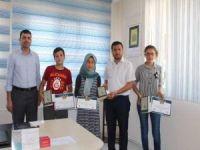 Siyer-i Nebi yarışmasında dereceye giren öğrenciler ödüllendirildi