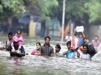 Hindistan'daki sellerden yaklaşık 10 milyon kişi etkilendi