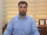 Özcan Gazeteciler Gününü kutladı