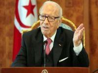 Tunus Cumhurbaşkanı Sibsi hayatını kaybetti
