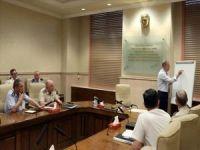 Bakan Akar ve komutanlar Fırat'ın doğusuna yönelik olası harekatı görüştü