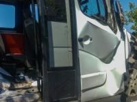 Yolcu minibüsü traktör römorkuna çarptı: 16 yaralı