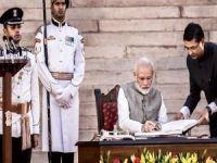 Hindistan Cammu Keşmir'in özel statüsünü kaldırdı
