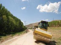 KÖYDES kapsamında Bitlis'in köy yollarına 35 milyon liralık hizmet yapıldı