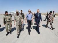 Milli Savunma Bakanı Akar Şanlıurfa'da