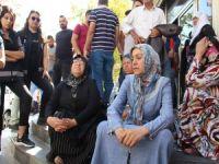 HDP önündeki oturma eylemi 4'üncü gününde