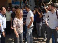 Utanmazlığa bak! HDP'li vekil eylem yapan annelerle alay etti