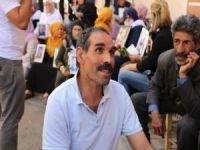 PKK'nın kaçırdığı oğlu için 5 yıl sonra yine eyleme başladı