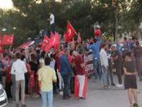 """Halktan """"Annelere destek, PKK'ye lanet"""" yürüyüşü"""