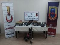 5 ilde silah kaçakçılığı operasyonu: 2'si kamu görevlisi 28 gözaltı