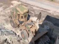PKK/YPG'ye ait tünel ve mevziler imha ediliyor