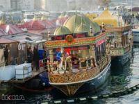 Eminönü'de balık ekmek satan tekneler için karar