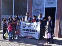 Muş Umut Kervanı ihtiyaç sahibi onlarca çocuğu giydirdi