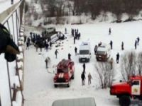 Rusya'da otobüs nehre düştü: 15 ölü