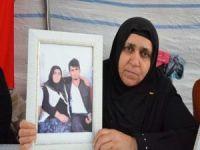 """""""HDP'liler araba kiralayıp oğlumu Irak'a göndermişler"""""""