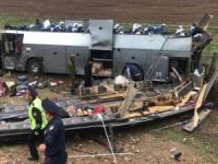 Kazakistan'da yolcu otobüsü devrildi: 8 ölü, 28 yaralı