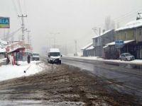 Doğu'da 128 köy yolu ulaşıma kapandı