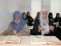 Torun sahibi ninelerin Kur'an-ı Kerim öğrenme aşkı