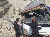 İran'da otobüs kazası: 20 kişi hayatını kaybetti