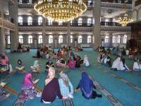 """Müftülükten """"Camiye Koşuyoruz Namazla Buluşuyoruz"""" programı"""