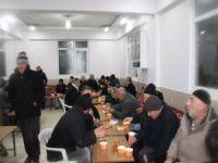 Yetimler Vakfı ve Elâzığ Umut Kervanı deprem bölgesinde yardımlarına başladı