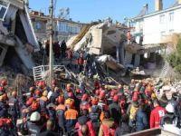 Sürsürü Mahallesi'nde enkaz altındaki üç kişinin cansız bedenine ulaşıldı