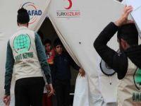 Umut Kervanı deprem bölgesinde yardımlarını sürdürüyor