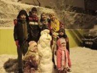 Siirt'te görülmeye değer çocukların kar keyfi