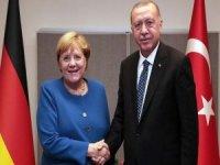 Erdoğan, Almanya Başbakanı Merkel ile video konferans görüşmesi gerçekleştirdi