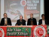 """Türkiye Aile Meclisi """"Aileyi Yıkan Sorunların Çözümleri"""" başlığıyla panel düzenledi"""