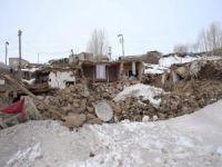 Van'ın Başkale ilçesinde hasar gören okullarda eğitime 15 gün ara verildi