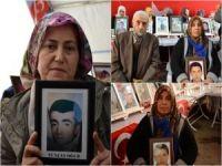 HDP Diyarbakır İl Binası önündeki evlat nöbetine 3 aile daha katıldı