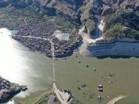 Antik kent Hasankeyf'in büyük kısmı sulara gömüldü