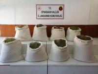 Diyarbakır'da 300 kilogram esrar ele geçirildi