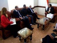 Husi lider Yemen'deki savaşın sona ermesi için 12 ülkeyi arabulucu olarak teklif etti