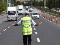 Adana'ya giriş çıkışlar gösteri yapılacağı gerekçesiyle kısıtlandı