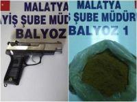 Malatya'da uyuşturucu madde ile silah ele geçirildi
