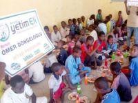Avrupa Yetim Eli, merhum Ömer Döngeloğlu adına Afrika'da iftar yemeği verdi