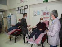 Van ÖNDER'den Kızılay'a kan bağışı