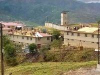 Şiddetli rüzgâr Elâzığ'da 8 evin çatısını uçurdu