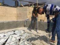Siyonist işgalciler, Kudüslüleri kendi evlerini yıkmaya zorluyor