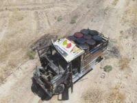 MSB: PKK/YPG'ye ait patlatılmak istenen kamyonet vuruldu
