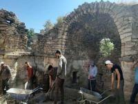80 yıl cami olarak kullanılan tarihi yapı kiliseye dönüştürülüyor