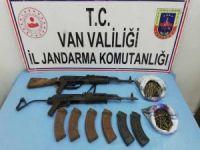 PKK operasyonunda silah ve yaşam malzemesi ele geçirildi
